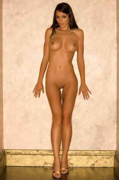 Фото девушки ростом голые